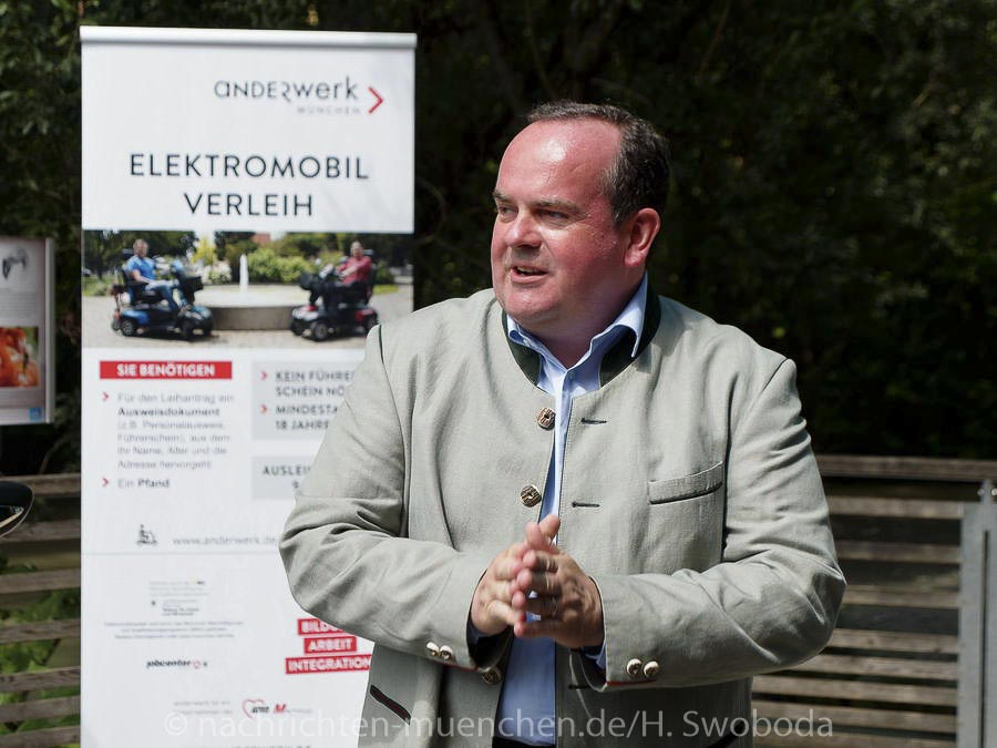 Hellabrunn verbessert Barrierefreiheit durch E-Mobil-Ausleihe mit Anderwerk
