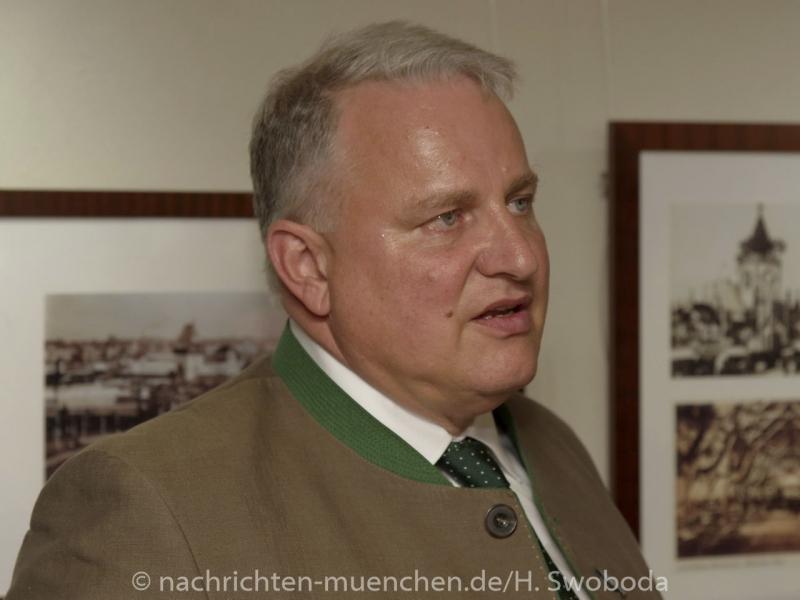 Ausstellungseroeffnung-150 Jahre Festhalle Schottenhamel 0230