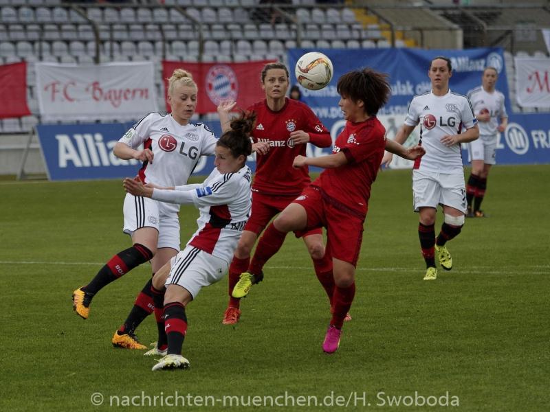 FC Bayern Frauen - Bayer 04 Leverkusen