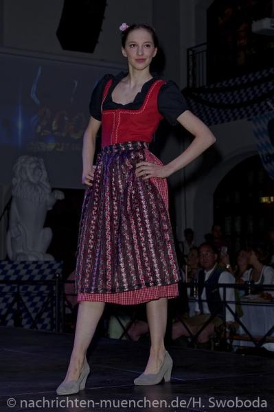 D160429-21095920-100-Nacht_der_Tracht