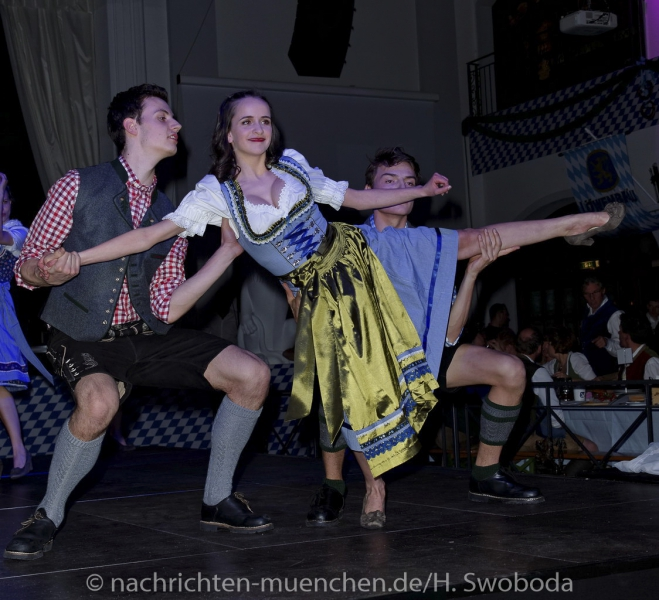 D160429-21161180-100-Nacht_der_Tracht