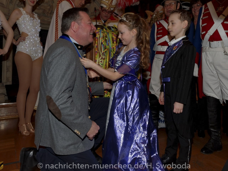 Begruessung Muenchner Faschingsprinzenpaare 0200