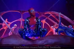 Cirque-du-Soleil-Totem-010