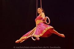 Cirque-du-Soleil-Totem-034