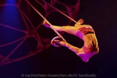 Cirque-du-Soleil-Totem-045