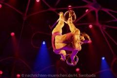 Cirque-du-Soleil-Totem-046