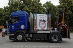Hilfe-fuer-Marktkaufleute-und-Schausteller-Fahrzeugkorso-013