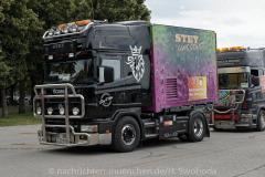 Hilfe-fuer-Marktkaufleute-und-Schausteller-Fahrzeugkorso-014