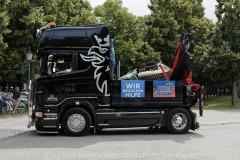 Hilfe-fuer-Marktkaufleute-und-Schausteller-Fahrzeugkorso-019