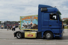 Hilfe-fuer-Marktkaufleute-und-Schausteller-Fahrzeugkorso-036