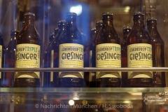 Steigenberger-Hote-l-Enthuellung-Bierkristal-006l