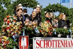 Einzug-der-Festwirte-und-Brauereien-2019-15-von-91