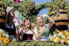 Einzug-der-Festwirte-und-Brauereien-2019-37-von-91
