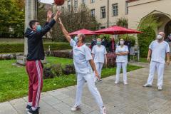 FC-Bayern-Basketball-spendet-30.000-Euro-an-Muenchen-Klinik-5-von-9