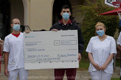 FCBB-Heldenfan-Spende-an-Muenchen-Klinik-5
