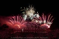 D180707-223421.290-200-Sommernachtstraum-Feuerwerk