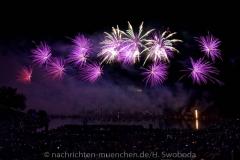 D180707-225236.370-100-Sommernachtstraum-Feuerwerk