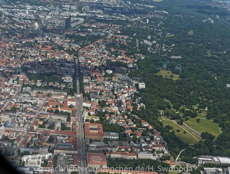 25 Jahre Flugwerft Schleissheim - Rundflug 0340