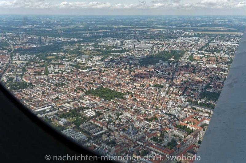 25 Jahre Flugwerft Schleissheim - Rundflug 0400