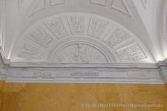 Beruehmte-Gelbe-Treppe-in-der-Residenz-Muenchen-wieder-eroeffnet-22-von-27
