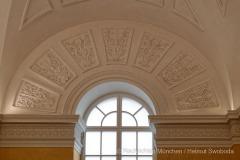 Beruehmte-Gelbe-Treppe-in-der-Residenz-Muenchen-wieder-eroeffnet-25-von-27