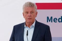 Grundstein-fuer-die-neue-Muenchen-Klinik-Harlaching-gelegt-4-von-38