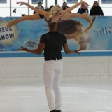 Holiday on Ice - Time - PT 0110
