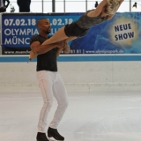 Holiday on Ice - Time - PT 0160