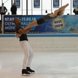 Holiday on Ice - Time - PT 0170