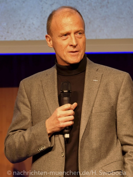 Jochen Schweizer Arena - Pressetag 0120