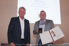 Langjaehrige-Stadtratsmitglieder-zum-Abschied-ausgezeichnet-12