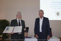 Langjaehrige-Stadtratsmitglieder-zum-Abschied-ausgezeichnet-8
