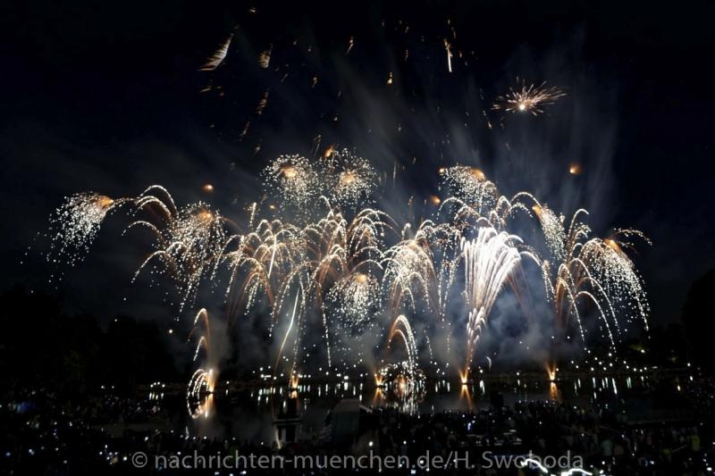 Sommernachtstraum - Feuerwerk 0040