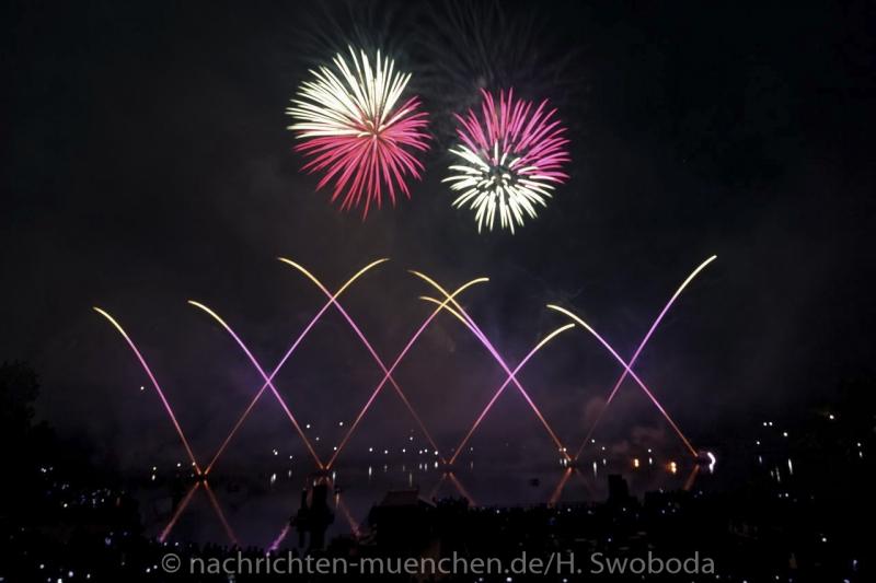 Sommernachtstraum - Feuerwerk 0100