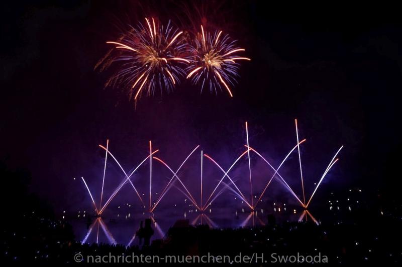 Sommernachtstraum - Feuerwerk 0120