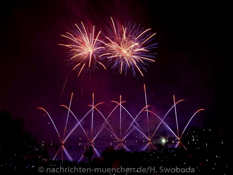Sommernachtstraum - Feuerwerk 0130