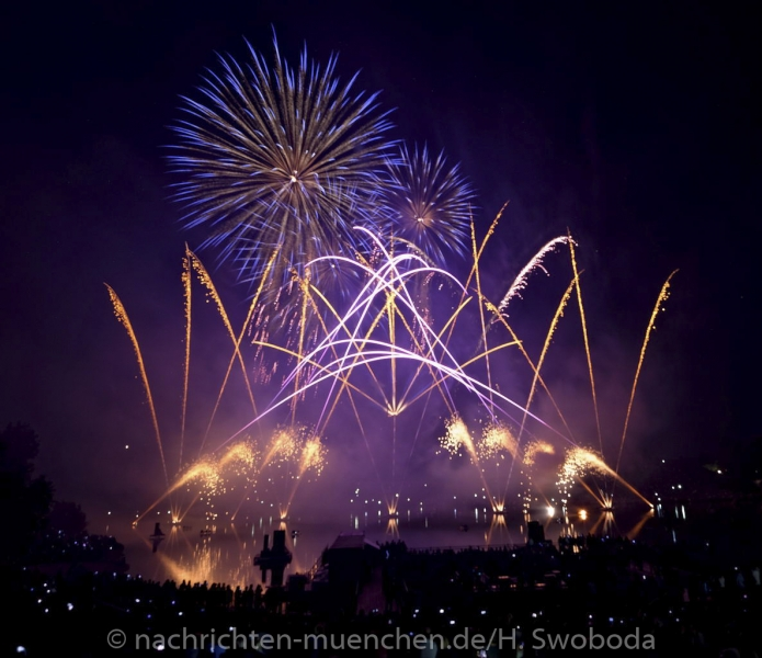 Sommernachtstraum - Feuerwerk 0150