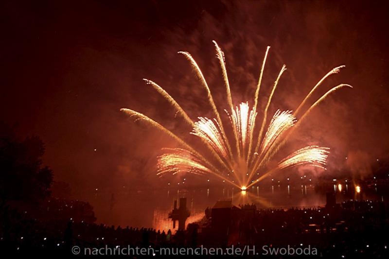 Sommernachtstraum - Feuerwerk 0210