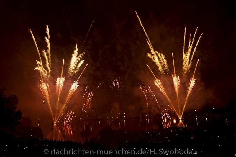 Sommernachtstraum - Feuerwerk 0220