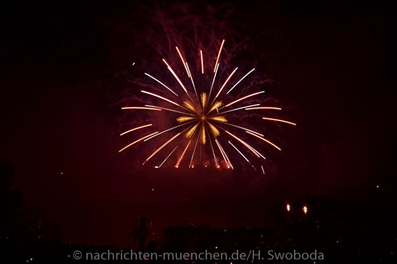 Sommernachtstraum - Feuerwerk 0250