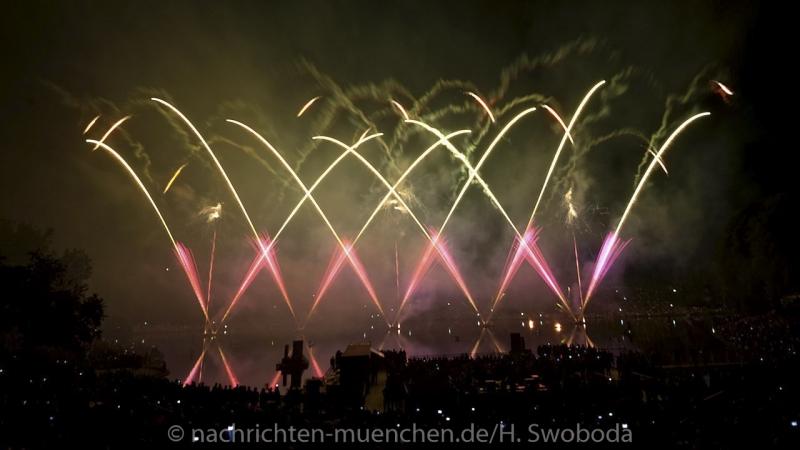 Sommernachtstraum - Feuerwerk 0300