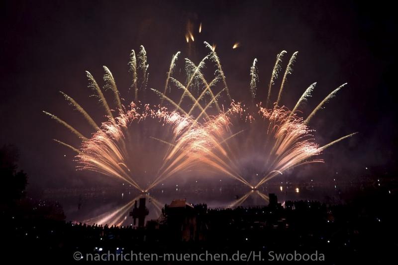 Sommernachtstraum - Feuerwerk 0350