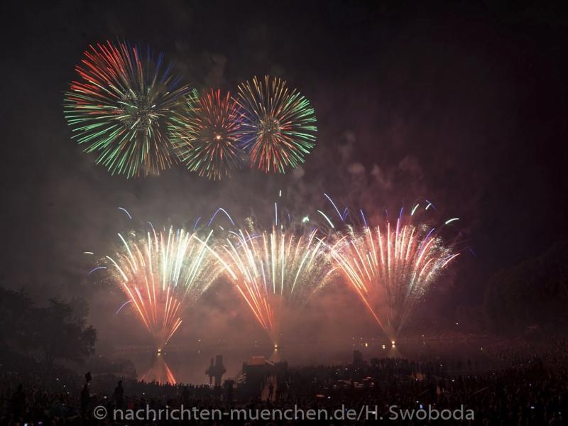 Sommernachtstraum - Feuerwerk 0370