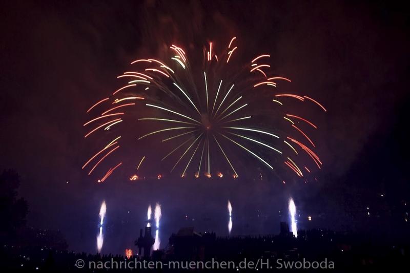 Sommernachtstraum - Feuerwerk 0380