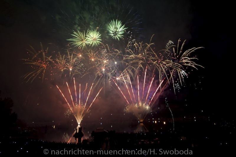 Sommernachtstraum - Feuerwerk 0400