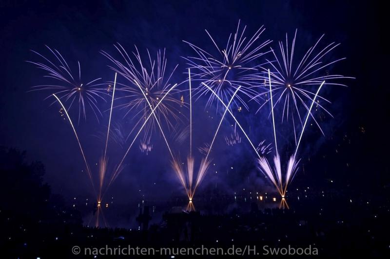 Sommernachtstraum - Feuerwerk 0420