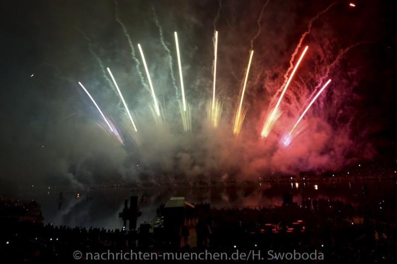 Sommernachtstraum - Feuerwerk 0440
