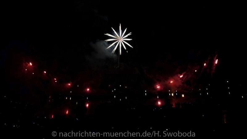 Sommernachtstraum - Feuerwerk 0460