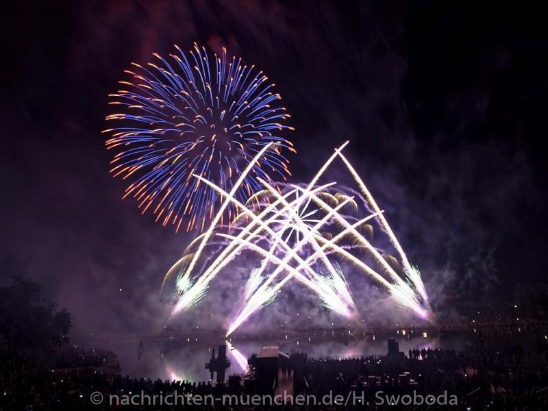 Sommernachtstraum - Feuerwerk 0470