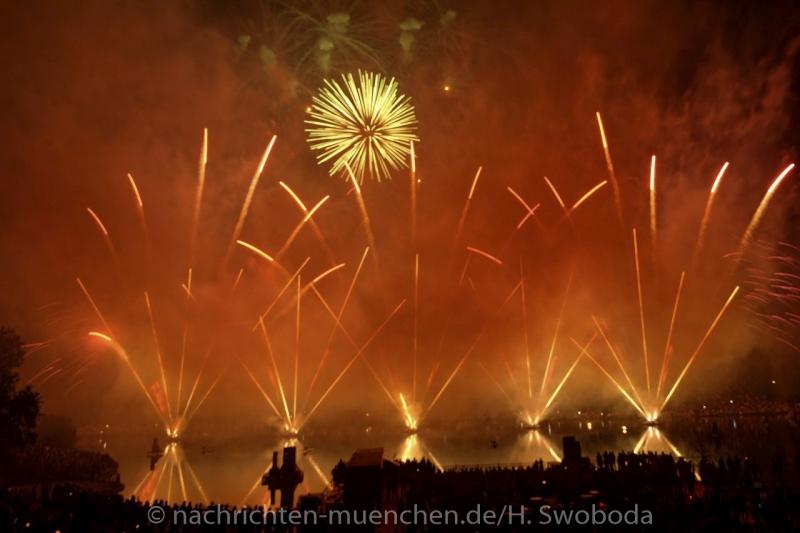 Sommernachtstraum - Feuerwerk 0570